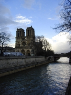 Notre Dame, Senna
