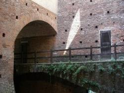 Milano - Passerella nel castello