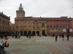 Bologna - Piazza Nettuno
